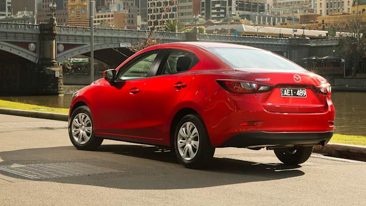 2016-Mazda-2-Sedan-33