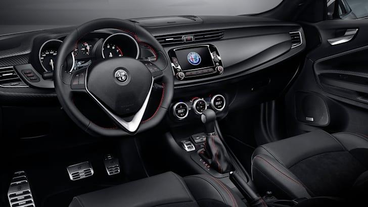 alfa-romeo-giulietta-facelift-interior