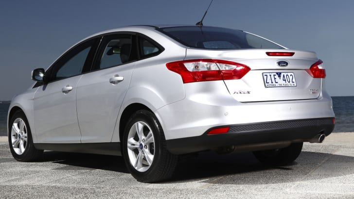 ford-focus-trend-2