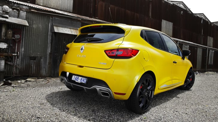 renault-clio-rs200-4