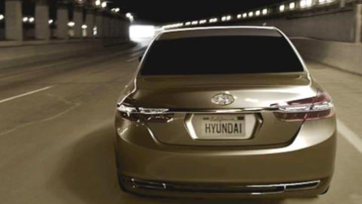 Hyundai Genesis V8
