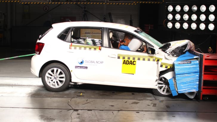 VW_Polo - two airbags