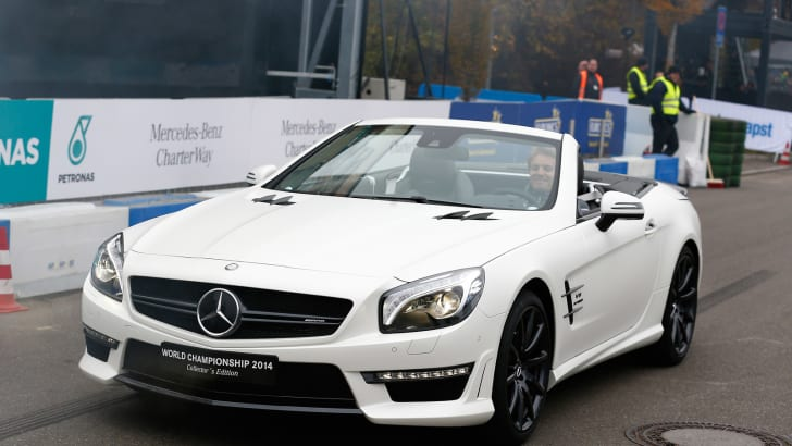 mercedes-benz-sl63-amg-world-championship-2014-collectors-edition_100491743_h