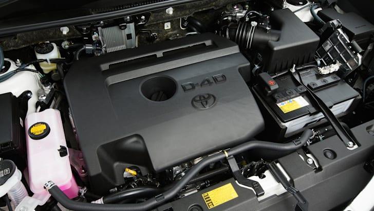 2013 Toyota RAV4 2.2-litre turbo-diesel engine