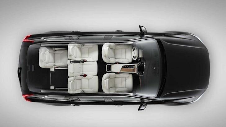 2015 Volvo XC90 25