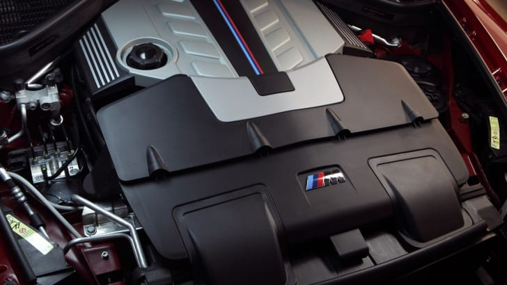BMW X6 M engine