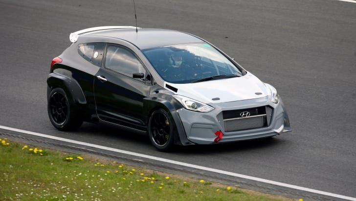 hyundai-i30-turbo-2.0-N-performance-Nurburgring