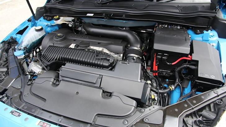Volvo V40 22