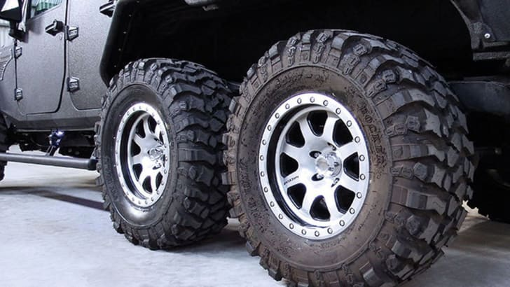 g-patton-tomahawk-jeep-wrangler-tyres