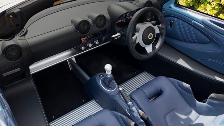 lotus-elise-250-special-edition-interior