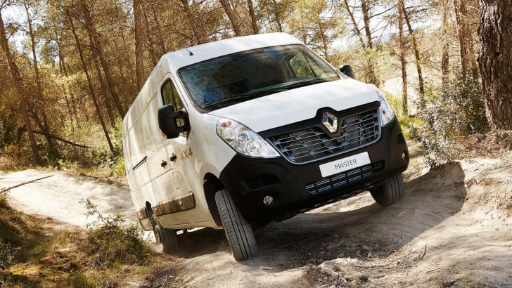 Renault X-Track and 4x4 LCV models_5