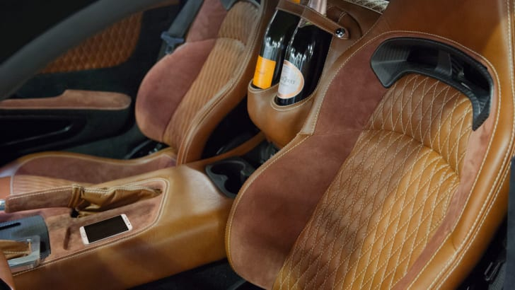 Henrik Fisker Force 1 interior[1]