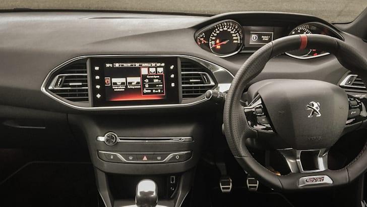 2016 Peugeot 308 GTi 250 LIFESTYLE-8