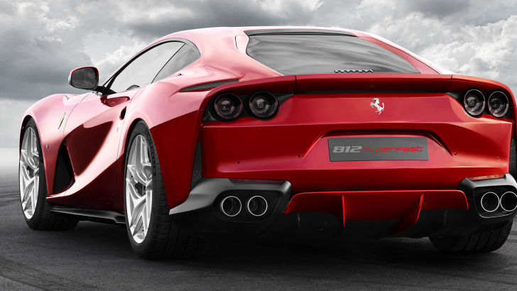 ferrari-812-superfast-rear