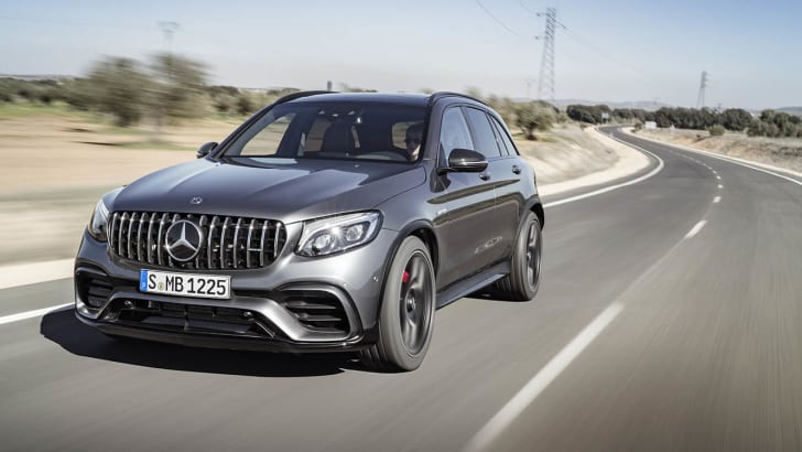 Mercedes-AMG GLC 63 S 4MATIC+, selenitgrau metallic ;Kraftstoffverbrauch kombiniert: 10,7 l/100 km; CO2-Emissionen kombiniert: 244 g/km Mercedes-AMG GLC 63 S 4MATIC+, selenit grey; Fuel consumption combined: 10.7 l/100 km; combined CO2 emissions: 244 g/km