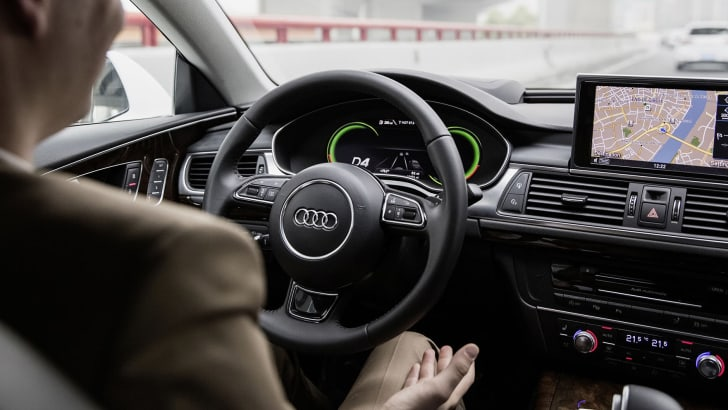 audi-a7-piloted-driving-interior