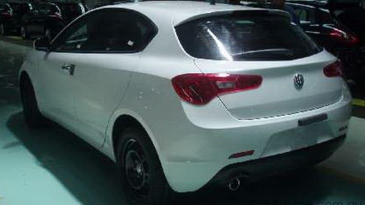 Alfa-Romeo-Milano-0