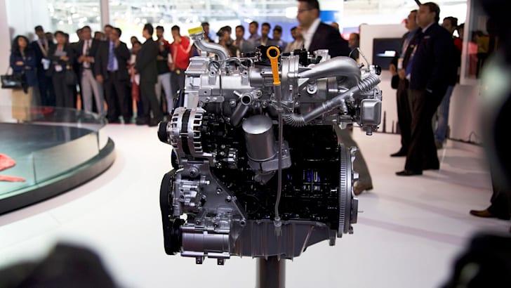 2017-Mahindra-XUV-Coupe-Concept-4