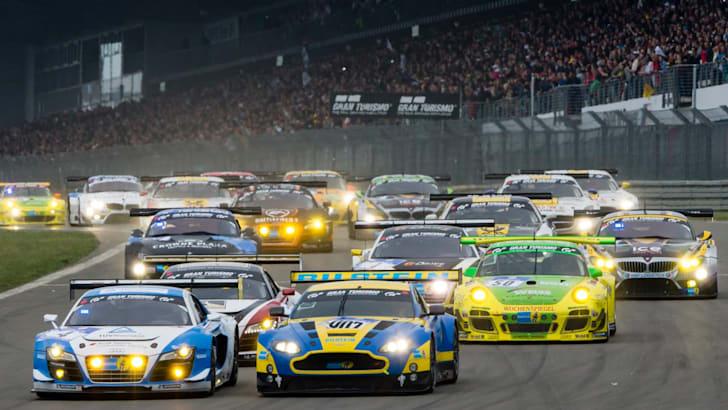 Aston Martin V12 Vantage GT31