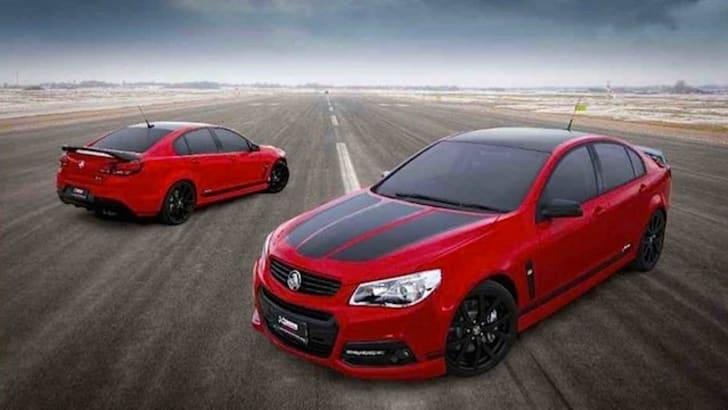 Craig-Lowndes-Holden-Special-Edition - 2