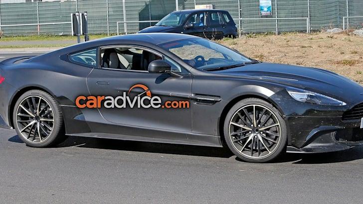 Aston Martin Vanquish S 4