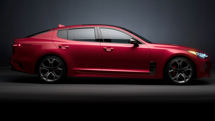 2017_kia_stinger-gt_38_us-spec_22