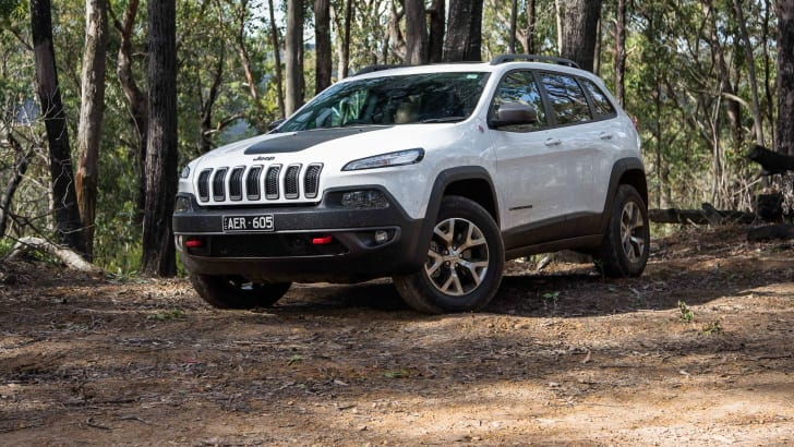 2016-jeep-cherokee-trailhawk-46