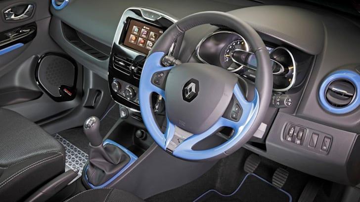 Renault-Clio-2013-8