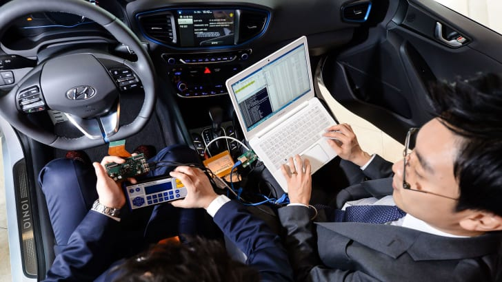 hyundai-connected-car-02