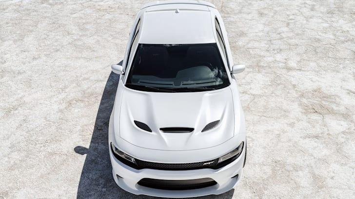 Dodge Charger SRT Hellcat bonnet