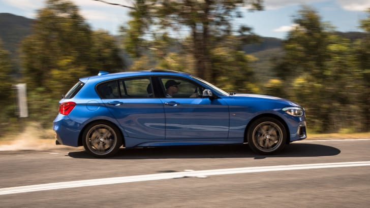 2016-bmw-m135i-hatch-41