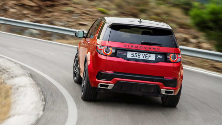 2016_land-rover_discovery-sport_dynamic_04