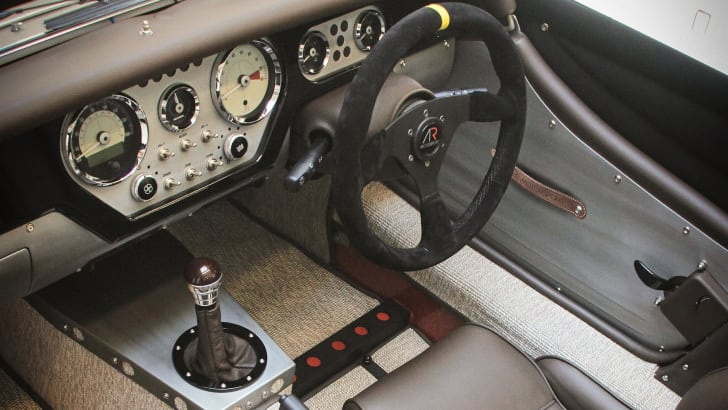 morgan-ar-plus-4-interior