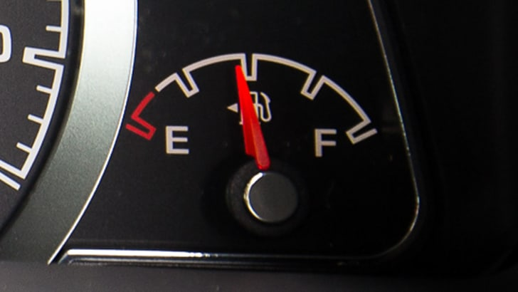 fuel-gauge-ford-territory