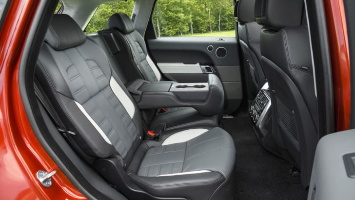 Range Rover Sport int 3
