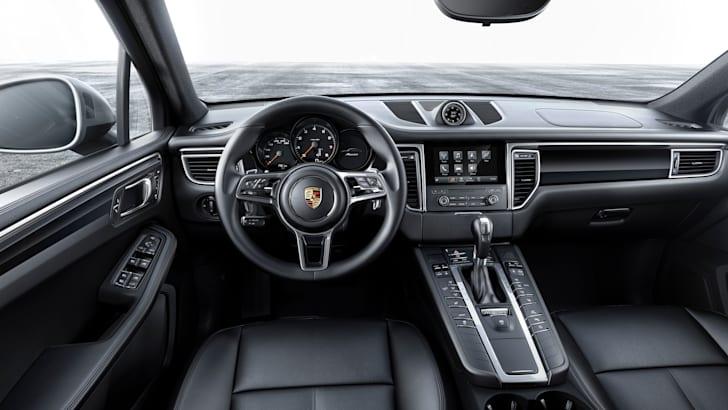 2017-Porsche-Macan-4cylinder-3