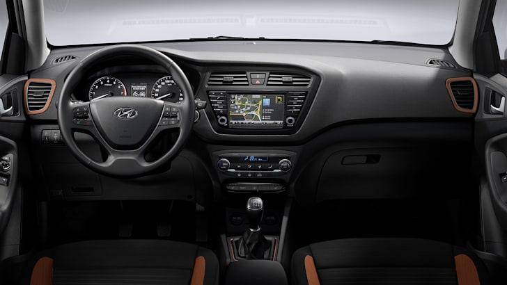 hyundai-i20-coupe-interior