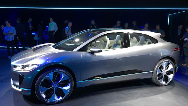 jaguar-i-pace-concept-10