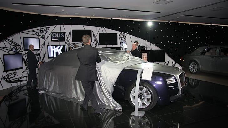 Rolls-Royce-Ghost-reveal1