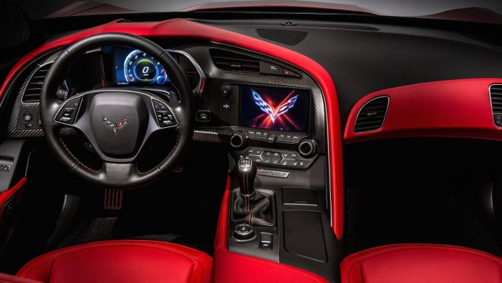 Chevrolet-Corvette-4