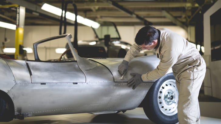 jaguar_xkss_restoration_06