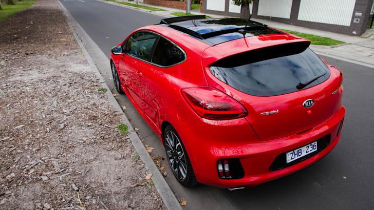 2014-kia-pro_cee'd GT-manual-hatchback-30