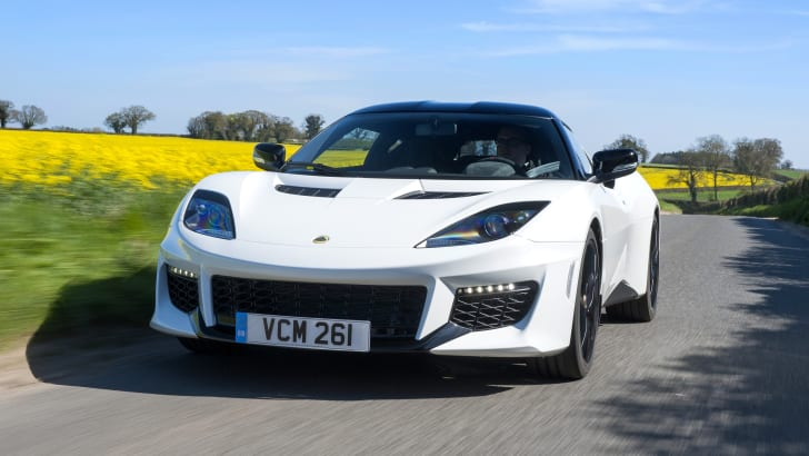 Lotus Evora 400 MY16 On the Road - White 5