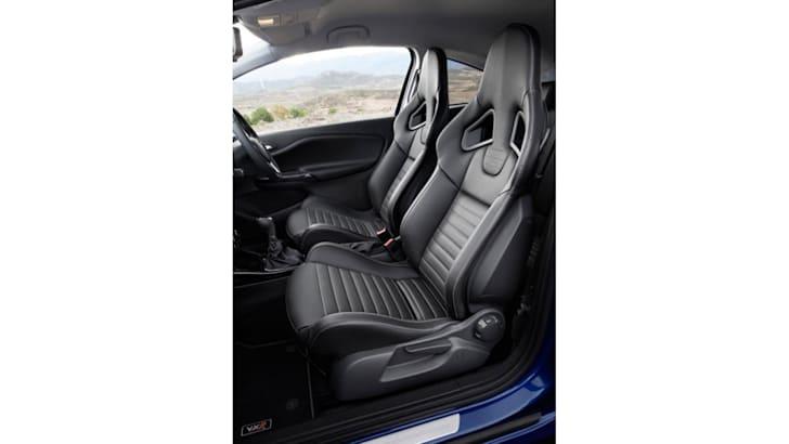 vauxhall-corsa-vxr-leak-interior