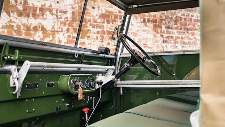 Land Rover Classic Reborn_3