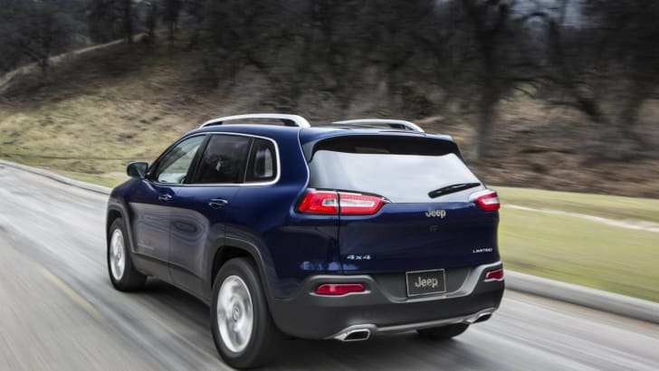 Jeep Cherokee rear quarter driving