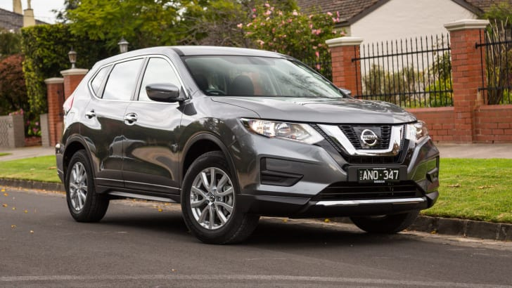 2017-nissan-x-trail-v-mazda-cx5-comparison-51