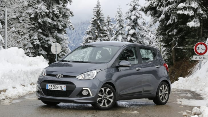 2014-Hyundai-i10-Review-12