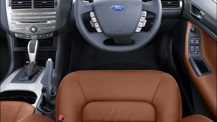 Ford Falcon 4