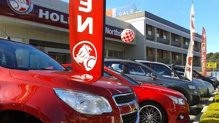 Holden-Dealer-Car-Yard_Sale